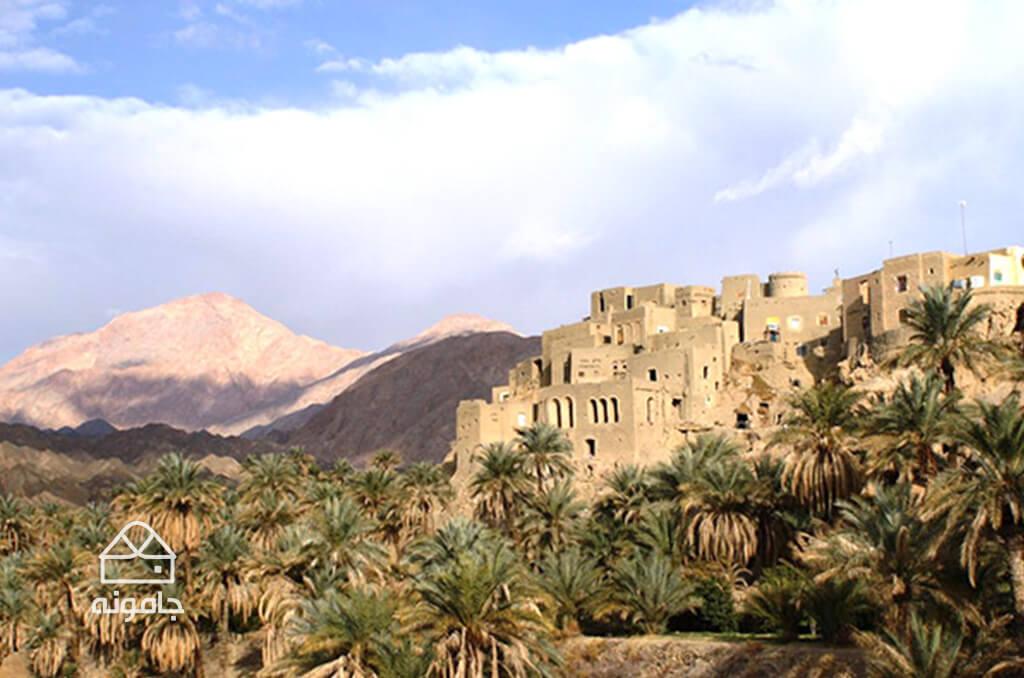 کویر مرکزی و روستای پلکانی نایبند