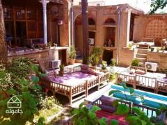 مهمان خانه تاجر، راهنمای اقامت در خانه بهروزی شهر قزوین